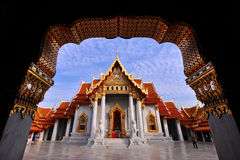Templo tailandês bonito Wat Benjamaborphit, templo em Banguecoque, Thailand fotos de stock royalty free
