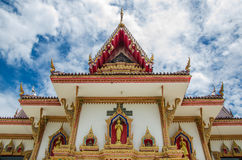 Templo tailandês com nuvem Imagens de Stock