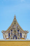 Templo tailandês Gable Roof Style de Buddist fotografia de stock
