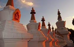 Templo tibetano la India del rezo Foto de archivo