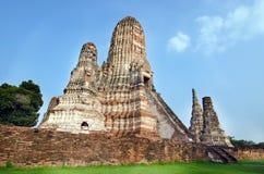 Templo velho do pagode de buddha com o céu branco nebuloso em Ayuthaya Tailândia Foto de Stock Royalty Free