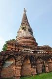 Templo velho do pagode de buddha com o céu nebuloso em Ayuthaya Tailândia Fotografia de Stock