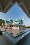 Templo verde del tejado fotografía de archivo