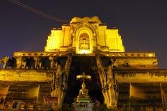 Templo, Wat Chedi Luang, templo Tailandia Imagen de archivo libre de regalías