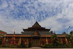 Templo Wat Preah Prom Rath em Siem Reap foto de stock royalty free