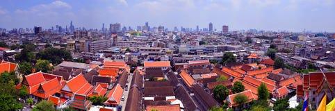 Templo y Bangkok de Wat Saket Foto de archivo libre de regalías