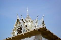 Templo y cielo Imagen de archivo libre de regalías