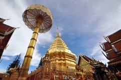 templo y Wat Phrathai Doi Suthep ฺBeautiful ChiangMai foto de archivo libre de regalías