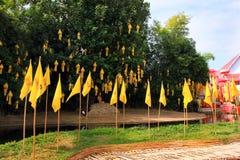 Templos budistas de Chiang Mai - Wat Phan Tao y sus monjes, Tailandia Fotos de archivo