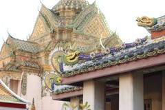 Templos dourados budistas Imagem de Stock