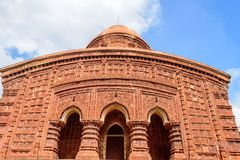 Templos hindu antigos da terracota da adoração de Bengal com cópia fotografia de stock royalty free