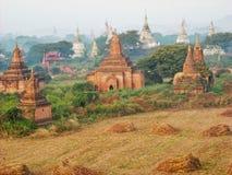 templos viejos en la opinión de Vietnam desde arriba stock de ilustración