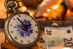 Tempo é dinheiro, o fogo é próximo Fotografia de Stock
