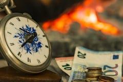 Tempo é dinheiro, o fogo é próximo Fotos de Stock