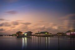 Tempo crepuscular em Koh Yo Island, Songkhla, Tailândia Fotografia de Stock