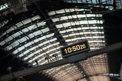 Tempo de estação inclinado Fotos de Stock