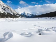 Tempo de inverno da neve de Alberta Canada do lago Fotos de Stock