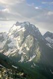 Tempo del picco di montagna del paesaggio in fine Fotografie Stock Libere da Diritti