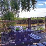 Tempo del pranzo al fiume Arun fotografie stock