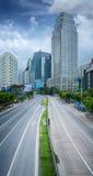 Tempo di giorno della città di Bangkok con l'alto modo di traffico principale Fotografia Stock Libera da Diritti