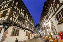 Tempo di Petite France della La al crepuscolo, Strasburgo, l'Alsazia Fotografia Stock