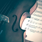 Tempo di praticare violino Fotografia Stock Libera da Diritti