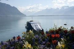 Tempo di primavera nel lago geneva, Montreux Immagini Stock Libere da Diritti