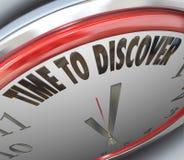 Tempo di scoprire le parole su ricerca scientifica dell'orologio Fotografia Stock Libera da Diritti