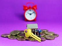 Tempo di unire il mercato degli alloggi Fotografie Stock