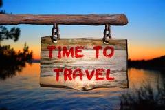 Tempo di viaggiare segno Fotografie Stock