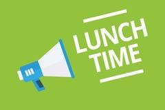 Tempo do almoço da escrita do texto da escrita Refeição do significado do conceito no meio do dia após o café da manhã e antes do ilustração stock