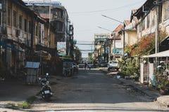 Tempo do dia da rua de Kampot cambodia fotografia de stock royalty free
