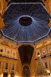 Tempo do Natal na galeria de Vittorio Emanuele II imagens de stock
