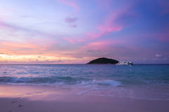 Tempo do por do sol na ilha de Similan, Tailândia Fotografia de Stock