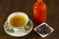 Tempo e chocolate do chá Imagem de Stock Royalty Free