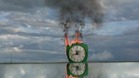 Tempo e concetto del fuoco stock footage
