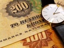 Tempo e soldi Fotografia Stock Libera da Diritti