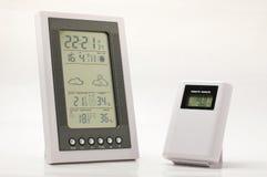 Tempo ed attrezzatura domestica del monitoraggio del clima Fotografia Stock Libera da Diritti