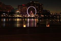 Tempo feliz do pôr do sol em Darling Harbour na noite imagem de stock royalty free