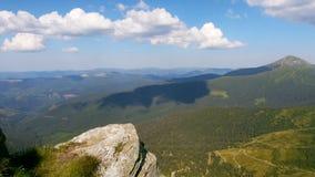 Tempo-lapso da paisagem bonita do verão vídeos de arquivo