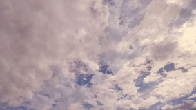 Tempo-lapso das nuvens dramático video estoque