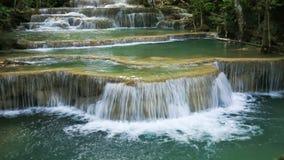 Tempo-lapso 4k do nível 1 de cachoeira de Huay Mae Kamin filme