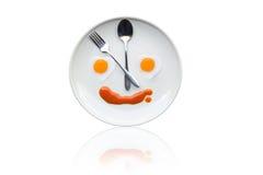 Tempo per pranzo, cuore dell'uovo fritto Immagine Stock