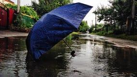 Tempo piovoso e la cittadina Fotografia Stock Libera da Diritti