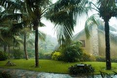 Tempo piovoso tropicale fotografie stock