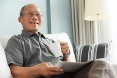 Tempo relaxado, tempo livre, sorrindo, aposentadoria imagens de stock