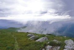 Tempo tempestoso nelle montagne carpatiche Immagine Stock Libera da Diritti