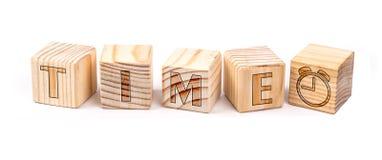Temps écrit sur les blocs en bois image stock