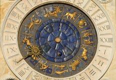 Temps, astrologie et horoscope antiques photos stock