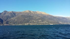 Temps clair sur le lac Lario Photo libre de droits